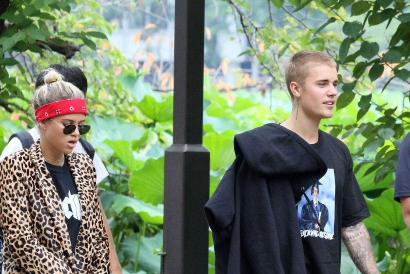 FÄNNID RAEVUS: Bieber semmib Lionel Richie 17aastase tütrega