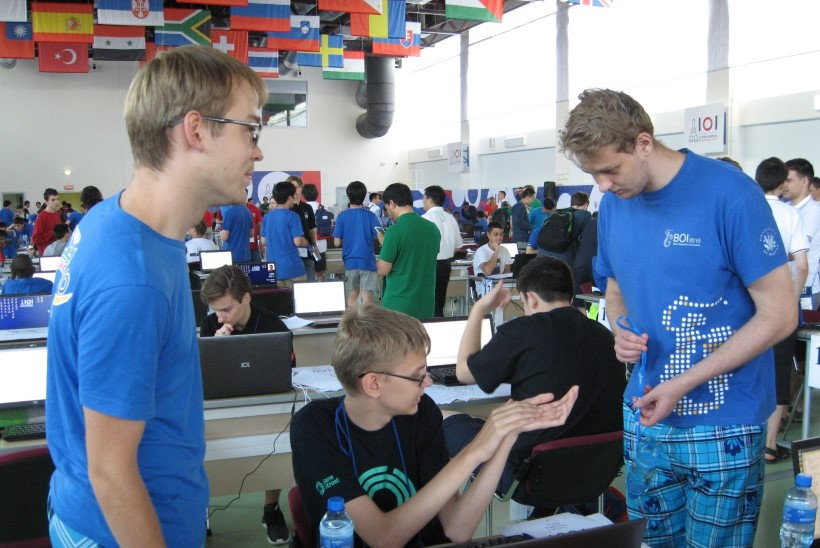KIITUS! Eesti noored tõid rahvusvaheliselt informaatikaolümpiaadilt kaks medalit
