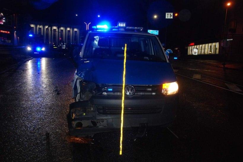 Politseibussilt surmava löögi saanud tudengi ema: operatiivsõitudel peaks helisignaal olema kohustuslik!