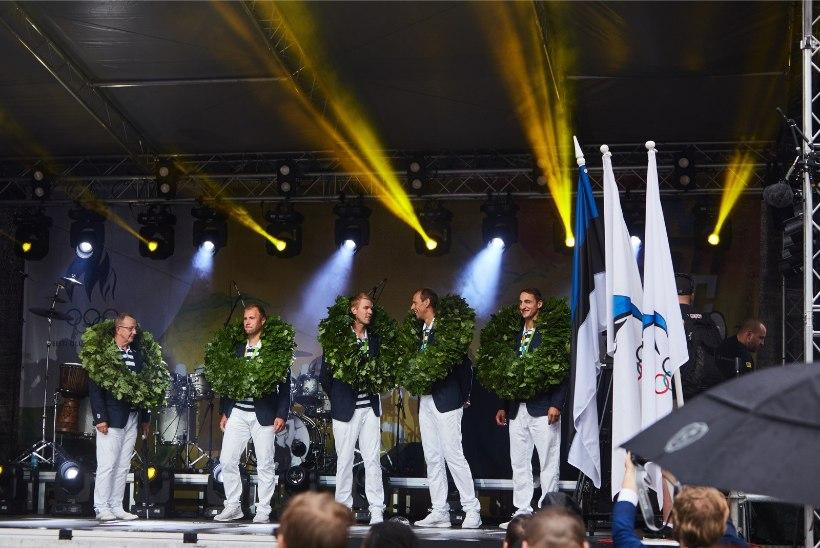 SUUR GALERII | Eesti olümpiasportlased võeti Raekoja platsil pidulikult vastu