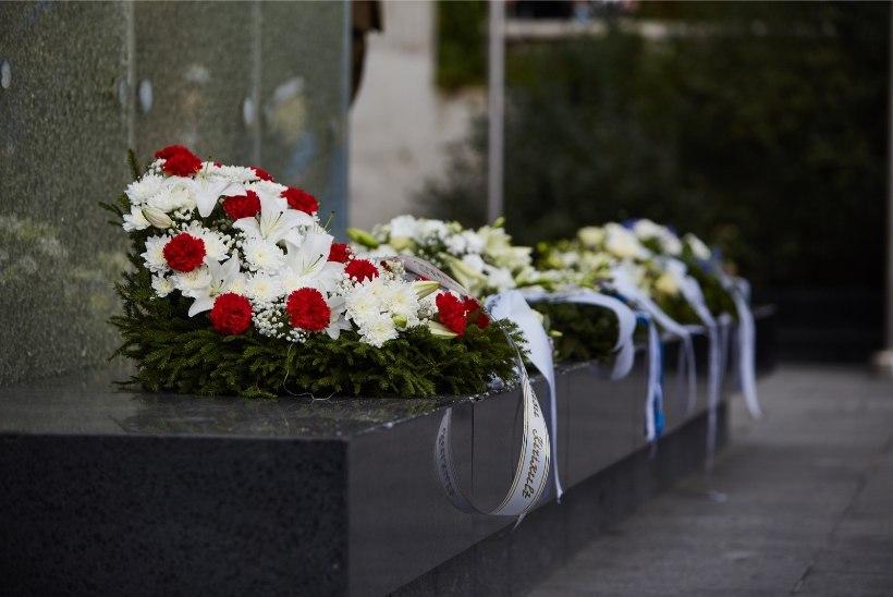 GALERII | Vabadussõja võidusamba juures mälestati kommunismi- ja natsismiohvreid