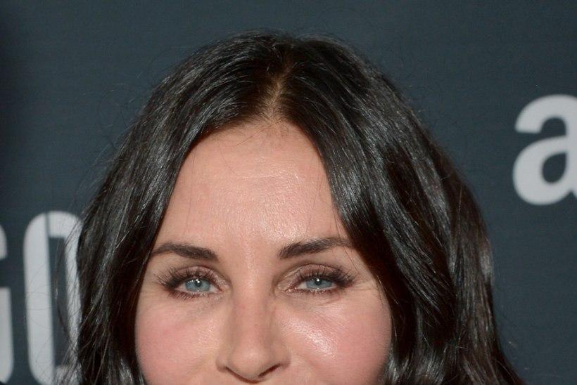 """Courtney Cox ilusüstidega puussepanekust: """"Nägin jube välja!"""""""