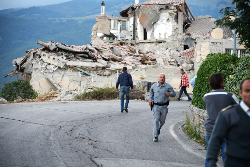 GALERII | Itaalia maavärinas on hukkunud enam kui 280 inimest