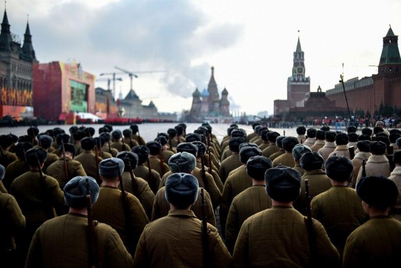 Vene väed viidi lahinguvalmidusse