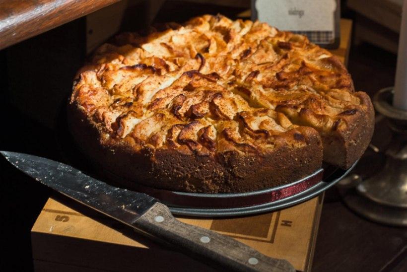 Röstitud õunte kook siidriga