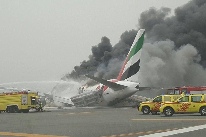 Dubai ime: 300 inimest pääses põlevast lennukist