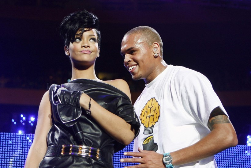 Rihannat peksnud räppar sihtis võõrast naist relvaga näkku