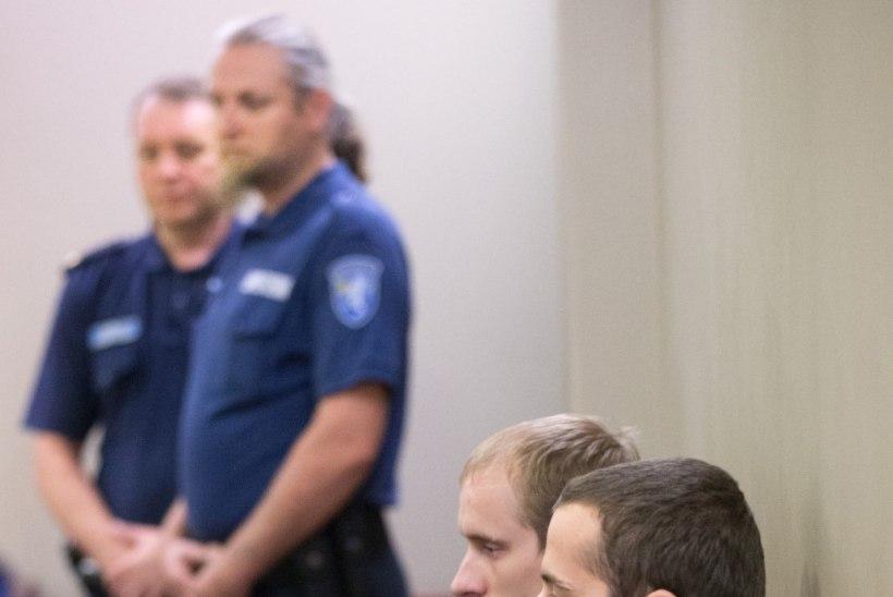Tartus pereisa peksnud mehed pandi vangi