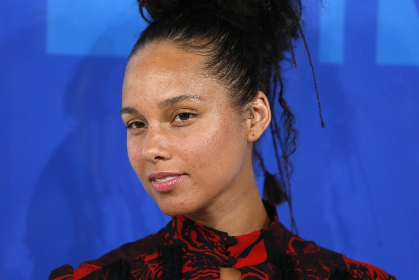 Meigivaba Alicia Keys ajas sotsiaalmeedia märatsema