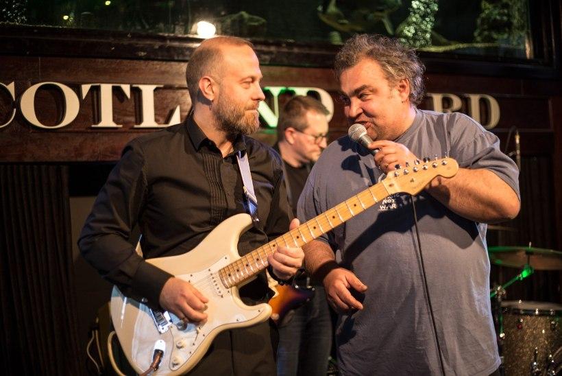 """""""Ma ei mängi kitarri enam kunagi!"""" vandus bluusimees Slavka Kobrin"""