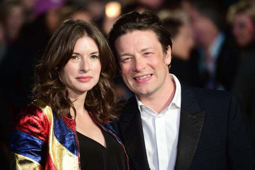 Tuntud telekokk Jamie Oliver sai viiendat korda isaks