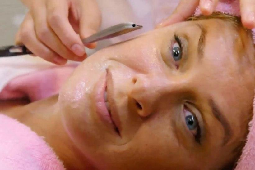 Endine supermodell Rachel Hunter: habemenoaga kaapimine teeb näo nooreks!