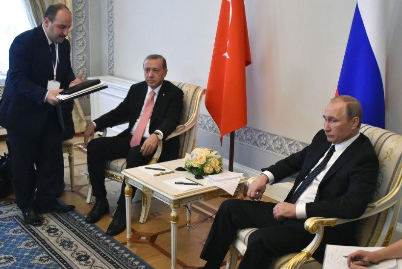 Türgi president lendas Venemaale sidemeid taastama