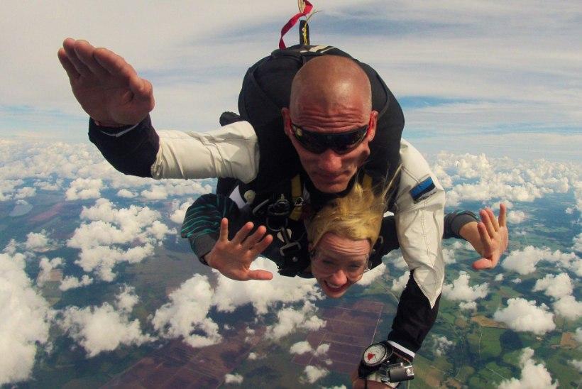 Liikumispuudega langevarjur: lennukist alla hüpata on hirmus, ent hullult lahe!