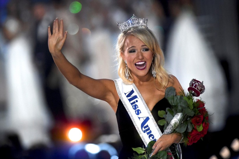 Tudeng tantsis end Miss Ameerikaks