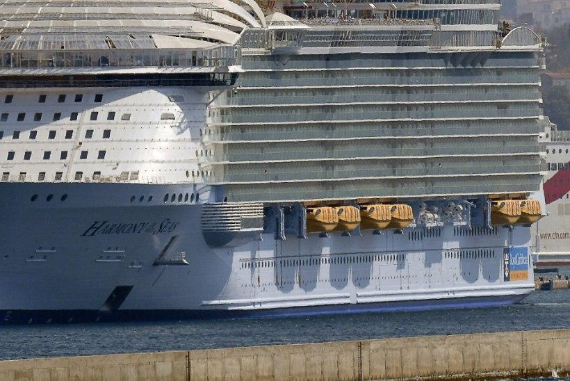 Õnnetus maailma suurimal kruiisilaeval: üks hukkunu, neli vigastatut