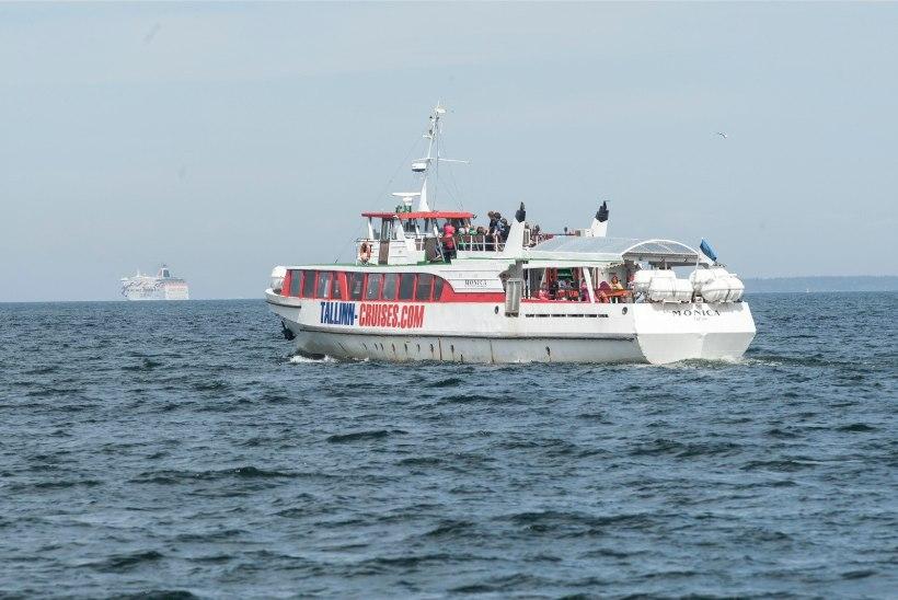 Reisilaeva Monica tormist päästnud kapten kutsub reisijad kokkutulekule