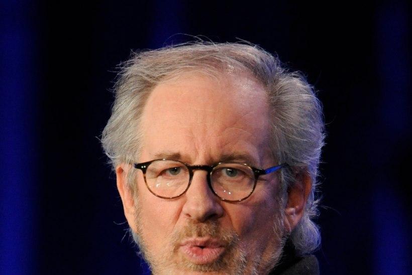Shia LaBeouf tümitab Steven Spielbergi