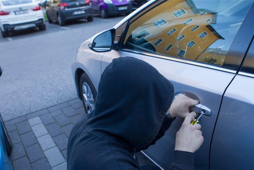 KIIDUVÄÄRT TEGU! Tähelepanelik mees aitas tabada varastatud auto