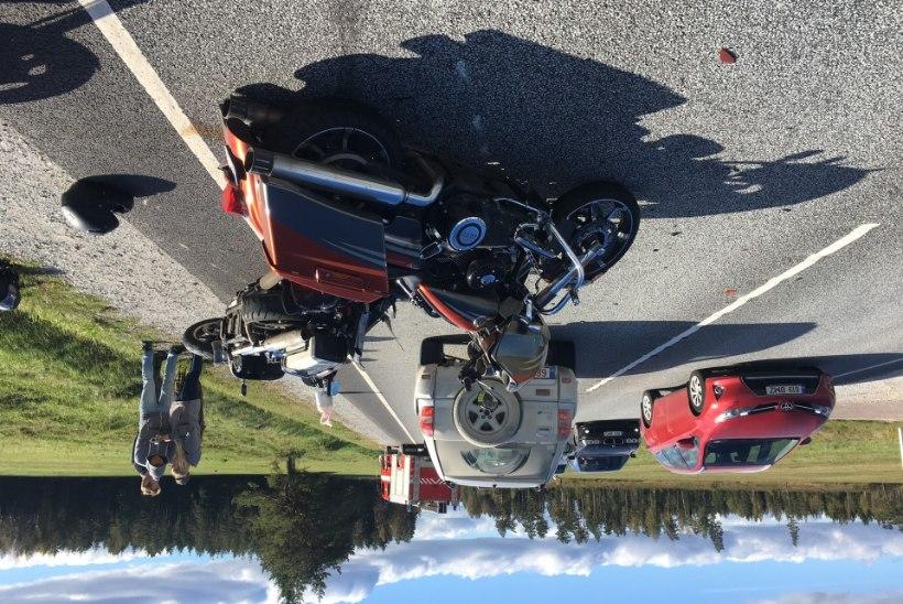 FOTOD | Ardu lähedal juhtus õnnetus sõiduauto ja kahe tsikliga