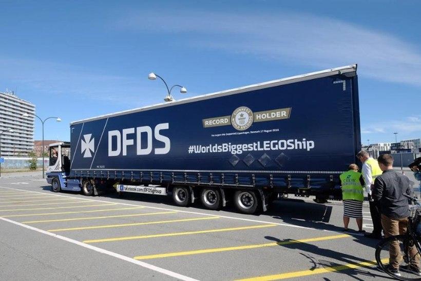 FOTOD | Oma silm on kuningas: homme näeb Lennusadamas maailma suurimat legolaeva
