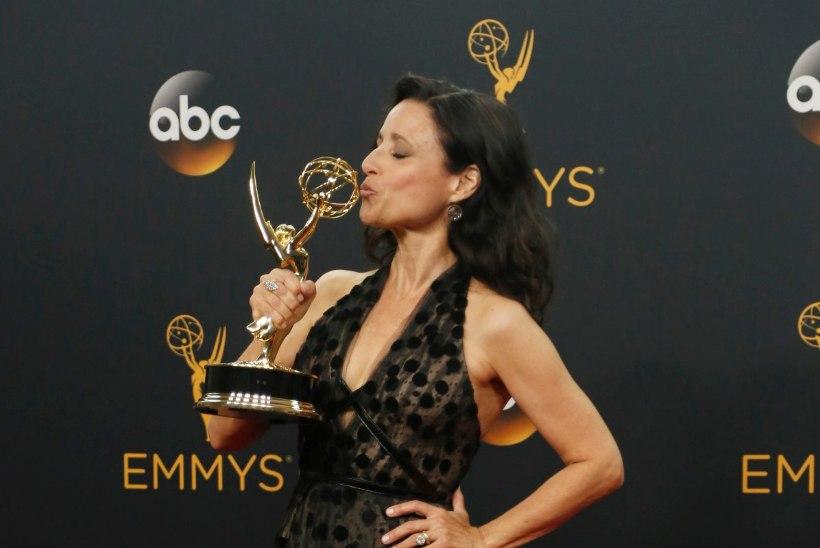 Näitlejatar pühendas oma Emmy auhinna äsja surnud isale