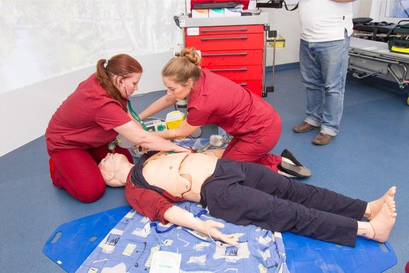 Tallinna Tervishoiu Kõrgkoolis saab homme esmaabi ja elustamist õppida