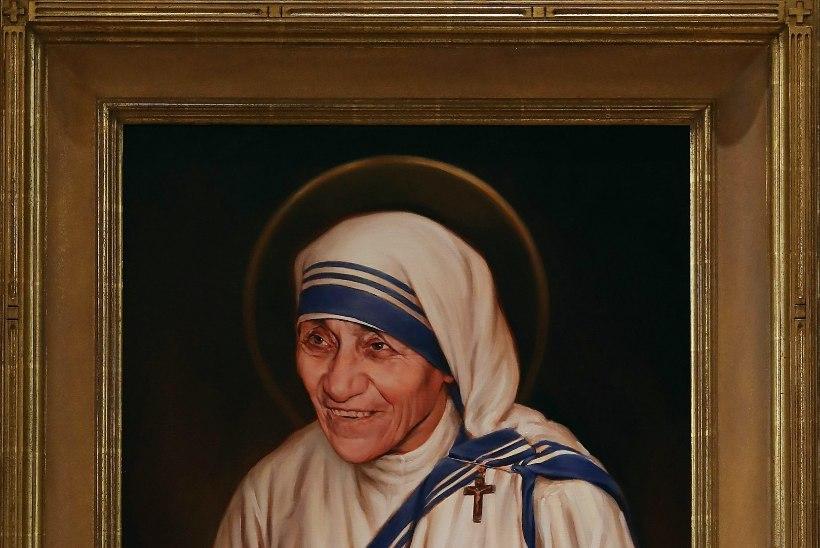 Ema Teresa pühakuks? Naeruväärne!