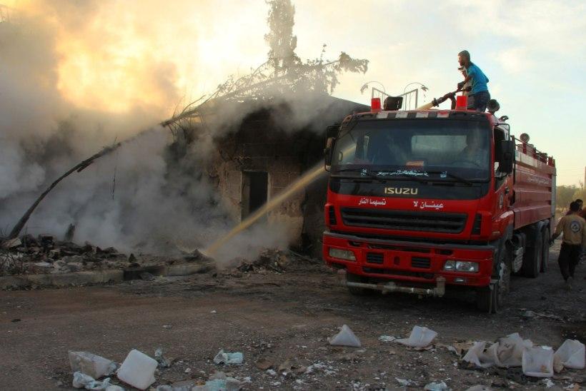 ÜRO peatas abikonvoide saatmise Süürias