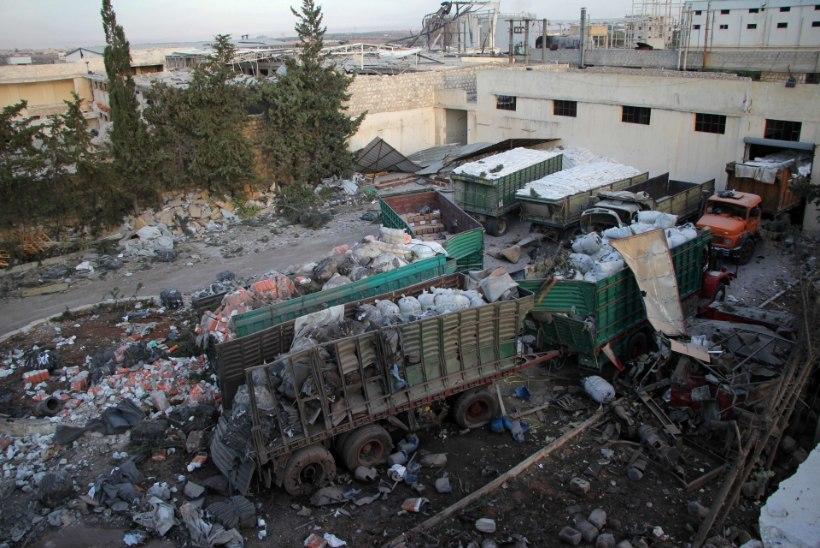 GALERII | Vaata, mis jäi järele humanitaarabikonvoist! USA: Süüria õhurünnakus on süüdi Venemaa!