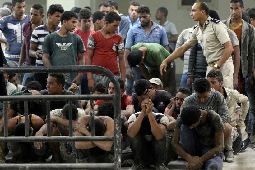 Ellujääjad ümber läinud migrandipaadist: uppus sadu inimesi