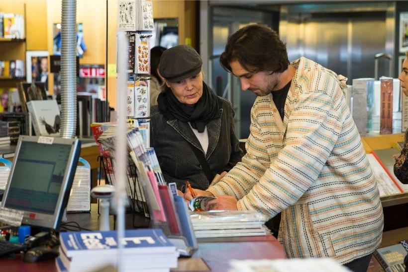 GALERII   Justin Petrone ja Hedvig Hanson esitlesid koos raamatuid