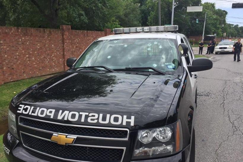 Kurjategija avas Texase kaubanduskeskuses tule, hulk inimesi on haavatud