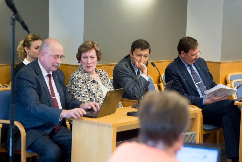 Tallinna linnaametnikud teatavad, et ei lase linna juhtimist erakonna võimuvõitlusesse kaasa tõmmata