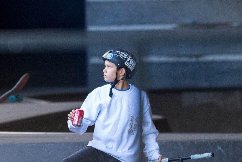 FOTOD | Noored Beckhamid on kibedad käpad sootuks vutivälisel spordialal
