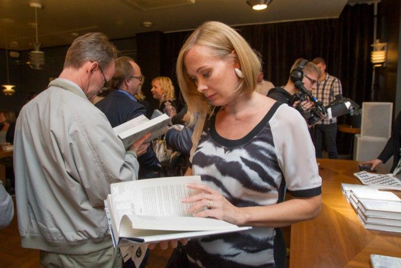 GALERII | Mart Kadastik esitles oma skandaalset raamatut. Vaata, kes esitlust külastasid!