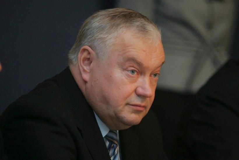 Krimiasjas süüdi jäänud Villu Reiljan pole ära võetud ordenit presidendile tagastanud