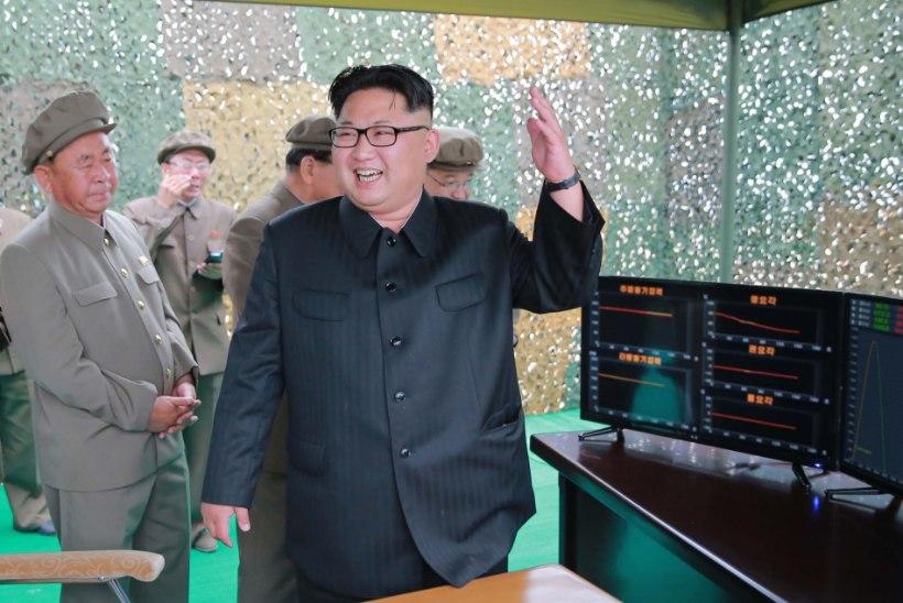 """Kim Jong-un näljastele: """"Sööge koeri!"""""""