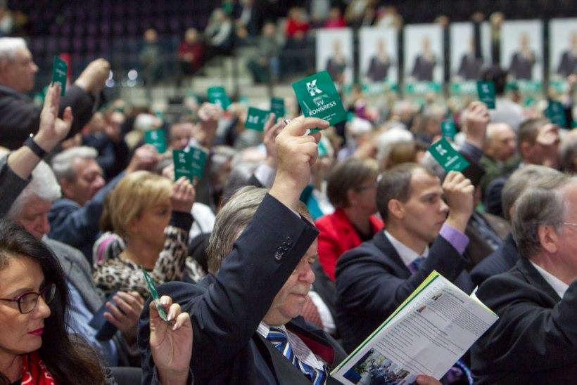 Savisaare leer tahaks korraldada tuhandete liikmetega hiigelkongressi, kontor peab seda võimatuks