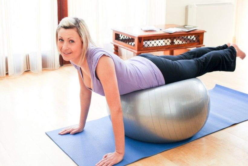 Kodus treenima: sobib kiiresse elurütmi ja väikesed soodsad vidinad teevad kehaga imesid!