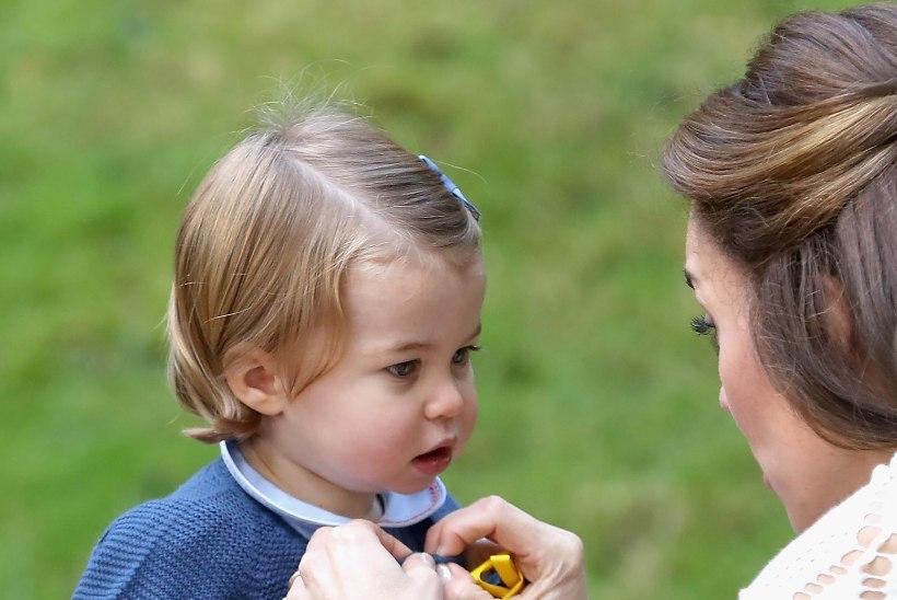 IMEARMSAD FOTOD | Prints George ja printsess Charlotte käisid lastepeol