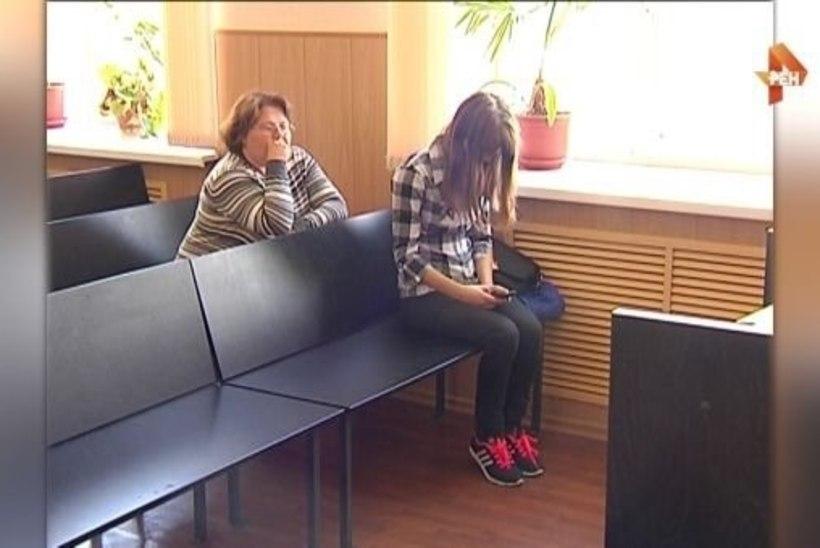 Kohus mõistis 13aastase poisi võrgutanud 18aastase neiu kolmeks aastaks vangi