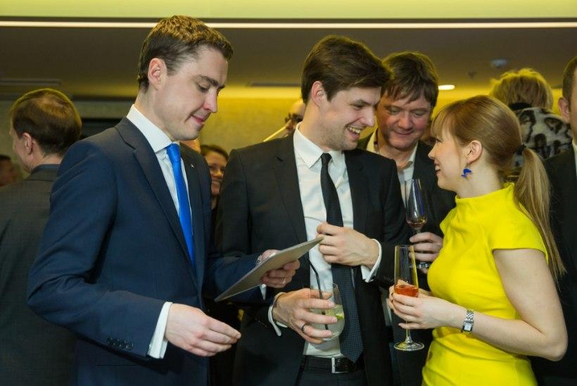 VÄLISMINISTER Marina Kaljurand hüppas pea ees presidendi valimistesse