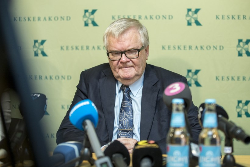 Savisaar peab Keskerakonnaga läbirääkimisi valimisreklaamiraha tagastamise üle Tallinna linnale