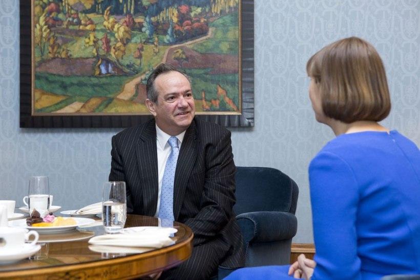 FOTOUUDIS   Eesti riigipeale andsid volikirjad Tšehhi, Portugali ja Korea suursaadik