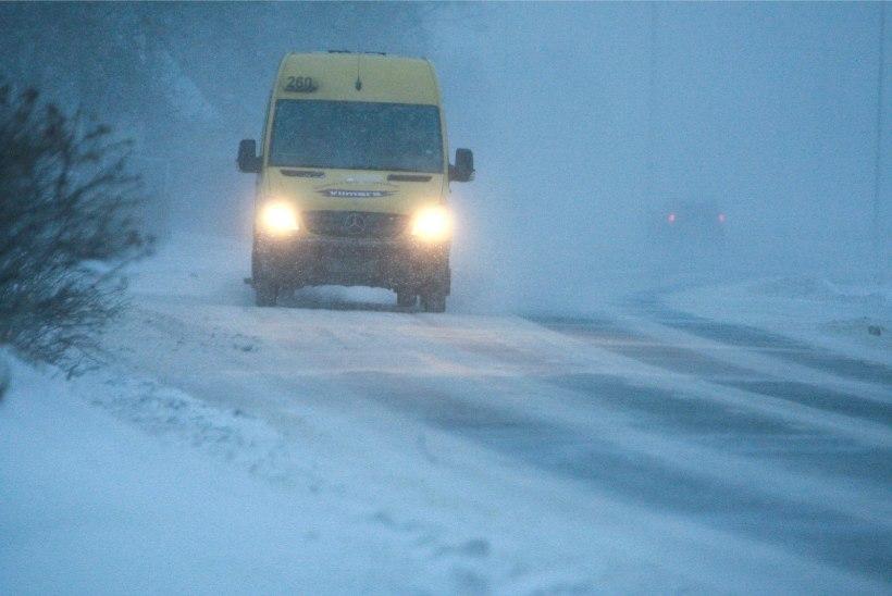 ETTEVAATUST! Liiklejatel tuleb arvestada libedate teeoludega