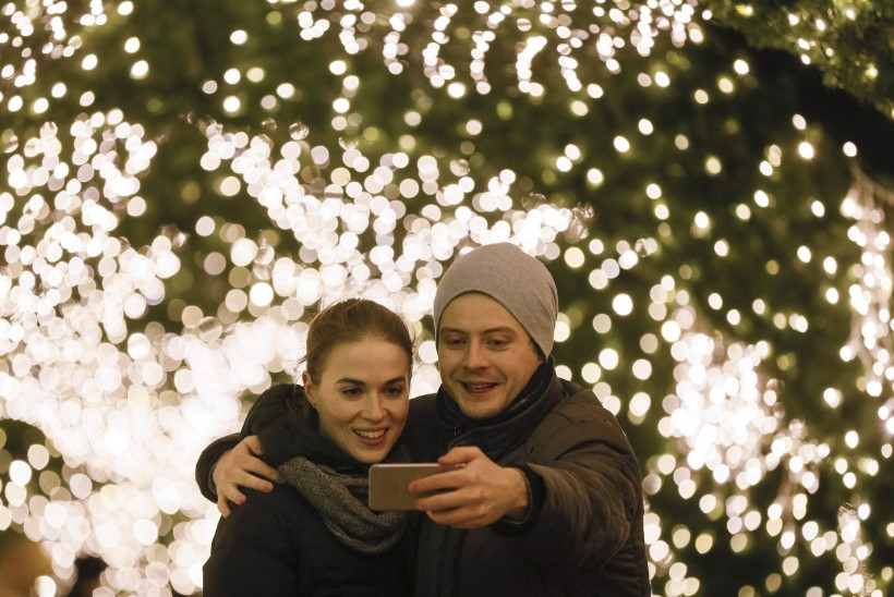 Sotsiaalmeediasse tihedalt postitavad paarid ei salli tõenäoliselt üksteist silmaotsaski