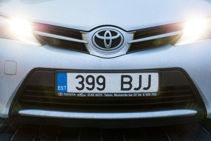 Rahandusministeerium soovib, et ettevõtja autol oleks erivärviline numbrimärk