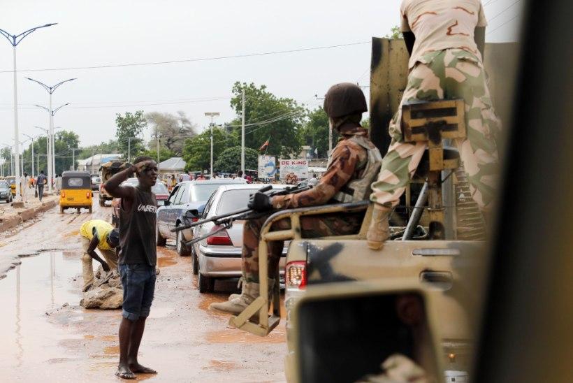 Nigeeria armee lennuk pommitas põgenikelaagrit, hukkus kümneid inimesi