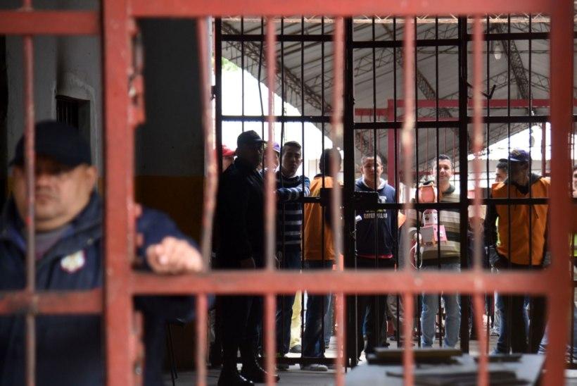 Brasiilias hukkus vanglamässus vähemalt 50 inimest